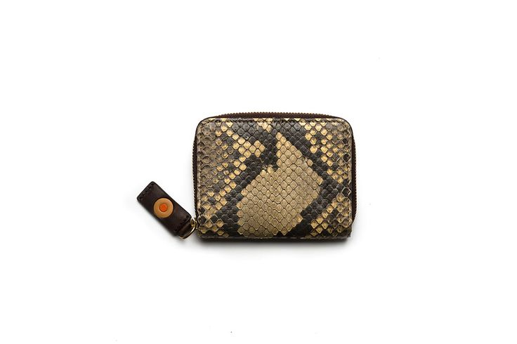 Zip python card case / Tarjetero pitón con cremallera. Small Leather Goods - Accessories: A compact card wallet beautifully crafted from gorgeous, authentic python leather. Its elegant zip around design helps to organize all your cards and occupies minimum space.