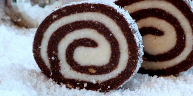Low Carb Rezepte: Low Carb Schoko-Kokos-Roulade