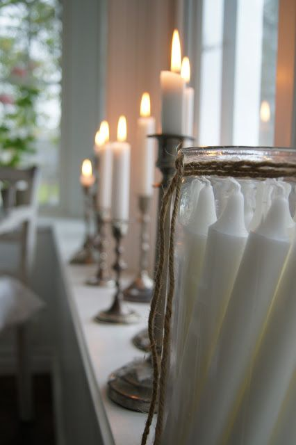 Lantliv i Norregård (simple candles, simple candle storage and display)