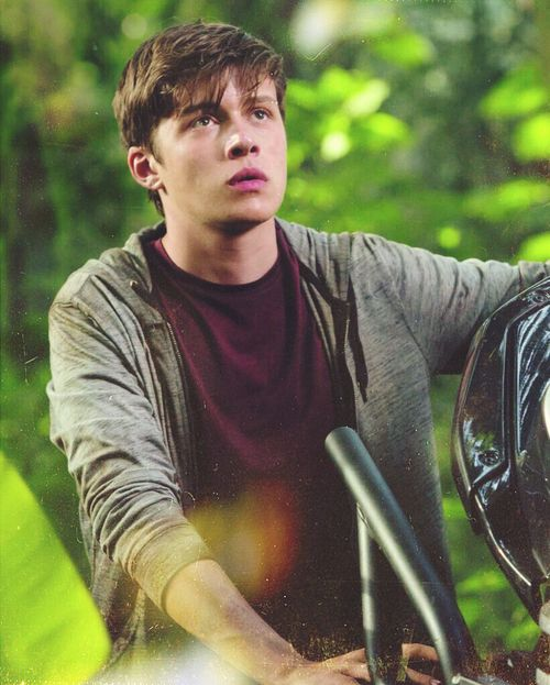 nick robinson, jurassic world, and boy image