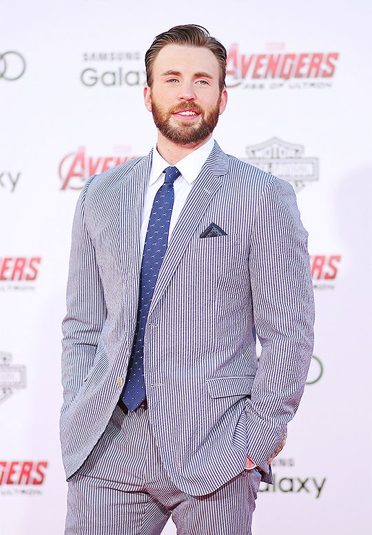 Chris at the premiere of Marvel's Avengers - Age of Ultron.