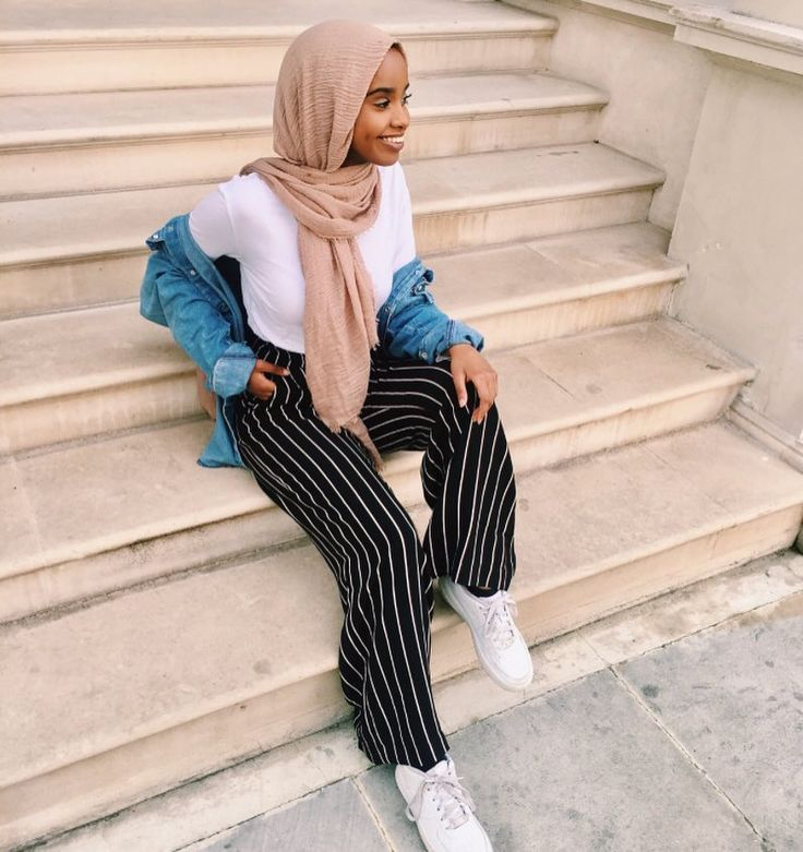 "4,295 Likes, 2 Comments - Muslimah Apparel Things (@muslimahapparelthings) on Instagram: ""follow @mariammoufid for more fashion updates """