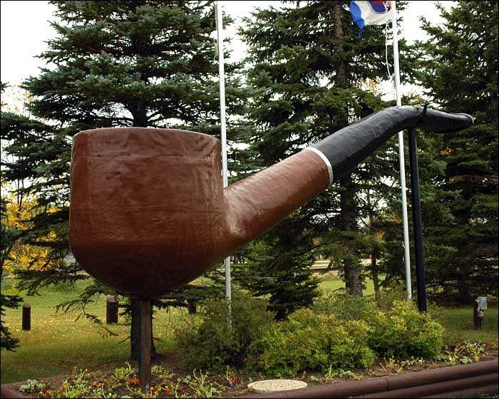 The World's Largest Smoking Pipe in Saint Claude, Manitoba. #exploremb