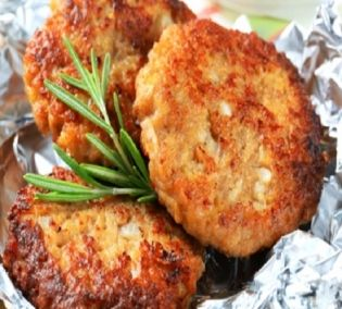 Ντοματοκεφτέδες - gourmed.gr