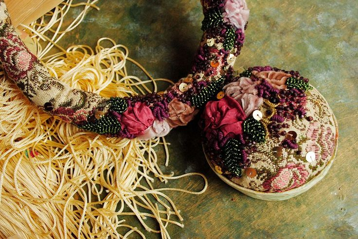 Colier statement Watching the flowers grow/Bohemian sin/ Eugenia Ghica/ textile embroidered necklace