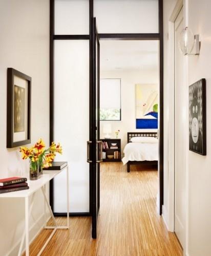 Frosted glass door.The Doors, Interiors Doors, Entry Doors, Doors Design, Bedrooms Doors, Glasses Doors, Frostings Glasses, Doors Way, Modern Bedrooms