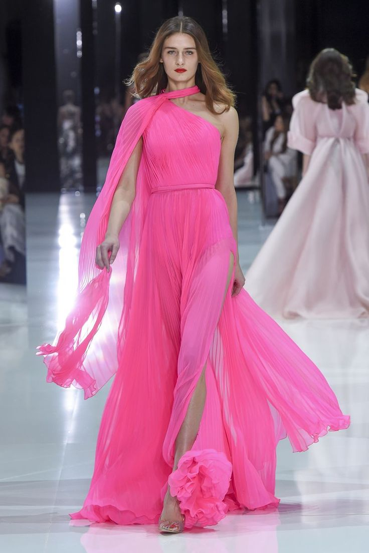 Ralph & Russo Spring/Summer 2018 Couture | British Vogue