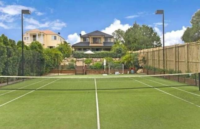 'THE LEXCEN' 6BED 4BATH WATERFRONT POOL & TENNIS COURT! | Gold Coast Waterfront, QLD | Accommodation