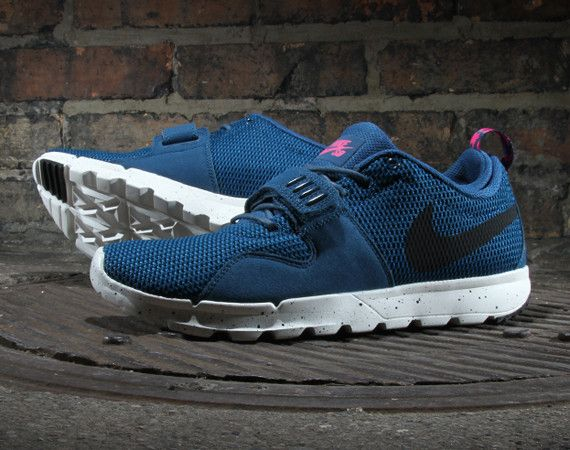 "May The ""Blue Force"" Be With You, Says The Nike SB Trainerendor"