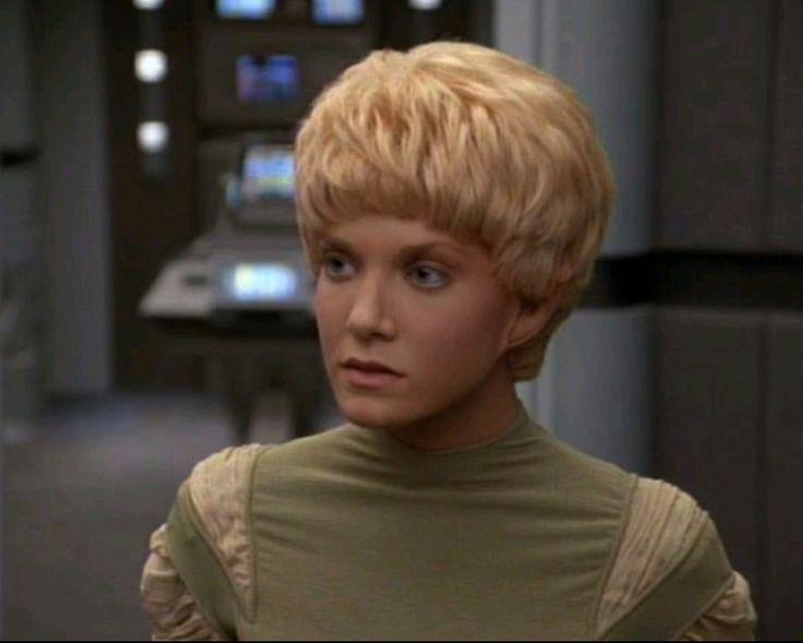 Kes: Species: Ocampan from the Delta Quadrant (Jennifer Lien) ✨Star Trek Voyager✨ Seven Seasons from January 16, 1991 to May 23, 2001