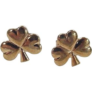 Vintage 9k Gold Three Leaf Clover Stud Earrings ~ Made in Ireland / Irish -- found at www.rubylane.com #vintagebeginshere #stpatricksday