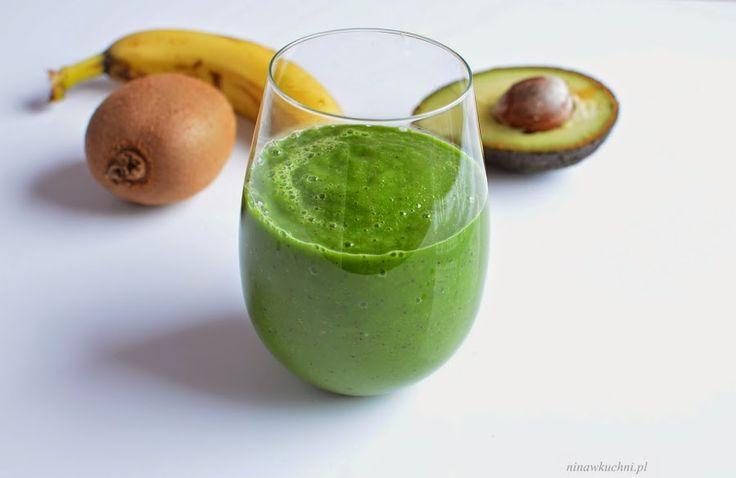 Nina w kuchni: Zielony koktajl z kiwi, awokado i szpinaku