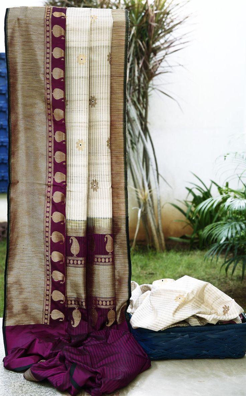 Lakshmi Handwoven Tussar Silk Sari 000505 - Saris/ Banarasi - Parisera