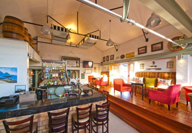 The Island Cafe Restaurant