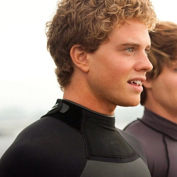 Jonny Weston Jonny Weston Chase Mavericks