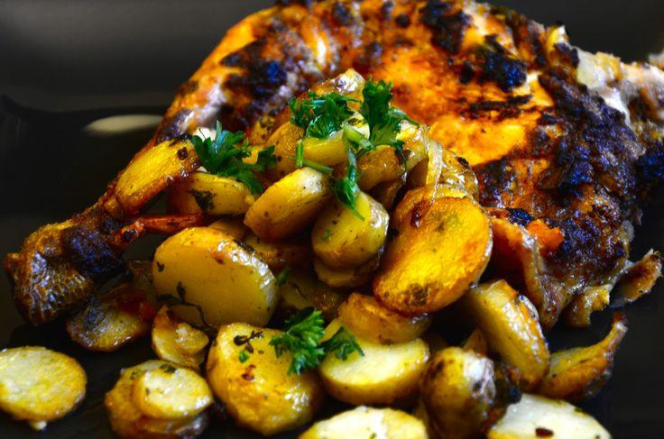 Le poulet à la portugaise : le Frango assado, est vraiment un plat typique, et les recettes varient souvent. Les ingrédients de base de la cuisine portugai