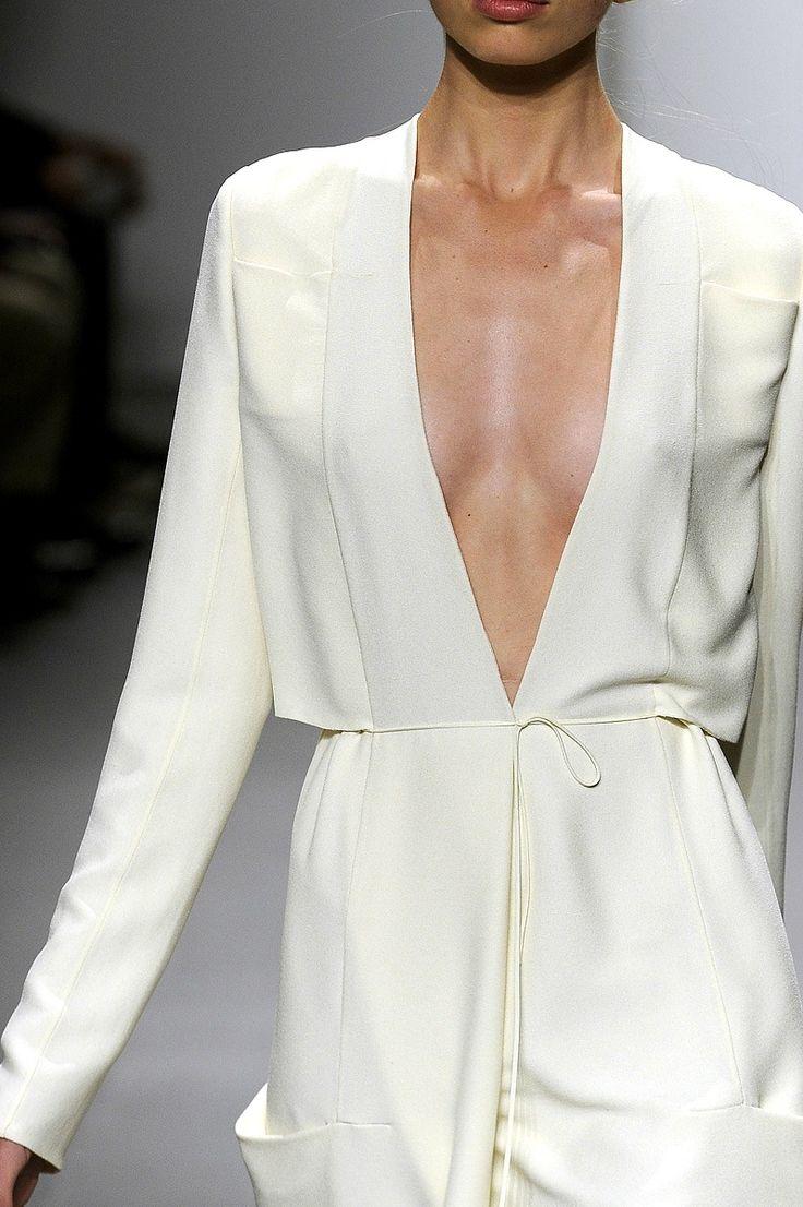 fashion design, women apparel, white dress - Calvin Klein , Spring/Summer 2011, minimalist fashion