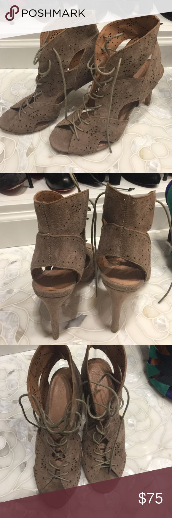 Joie lace up bootie EUC, right on trend. Taupe suede. Joie Shoes Ankle Boots & Booties