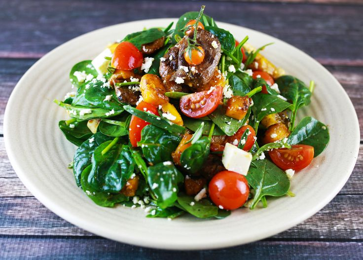 Lamb Salad, grilled marinaded Lamb Fillet, Baby Spinach, Feta, Cherry Tomatoes, Roasted Pumpkin, Balsamic Vinaigrette