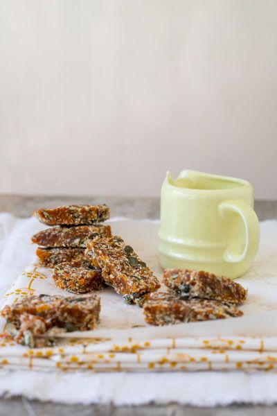 LCHF Apricot & Pumpkin Seed Snack Bars  |  Crush Mag Online