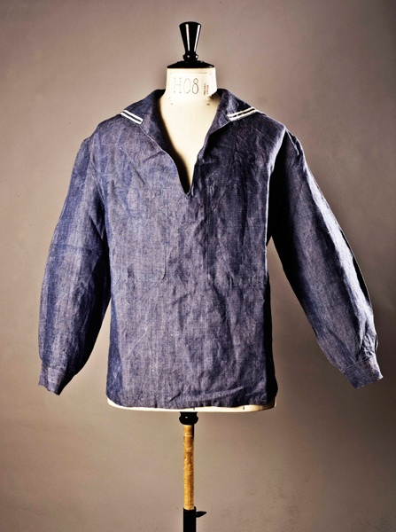 1000 images about veste vareuse la vareuse des marins p cheurs est parfum e l eau de mer on for Couleur lin clothing