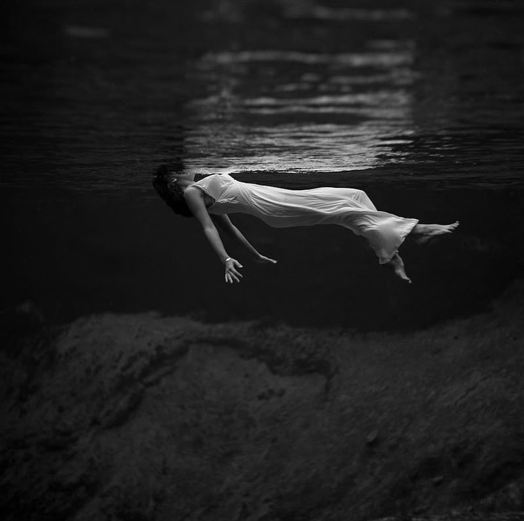 Lady in the Water - Toni Frissell