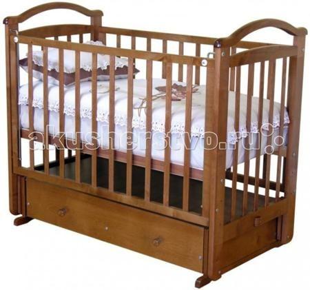 Можга (Красная Звезда) Алина С-372 / C-376 (маятник поперечный)  — 11000р.   Кроватка выпускается в двух вариантах: Алина С-376 - с ящиком. Алина С-372 - с ортопедическим ложем.   кроватка имеет маятниковый механизм поперечного качания с фиксатором;   детская кровать (376) имеет удобный ящик для хранения детских игрушек, постельного белья и других принадлежностей;  детская кровать (372) имеет ортопедическое ложе;  три уровня ложа детской кроватки;   опускающаяся боковина  спальное место…