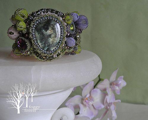 A Midsummer Night's Dream bracelet bead embroidery