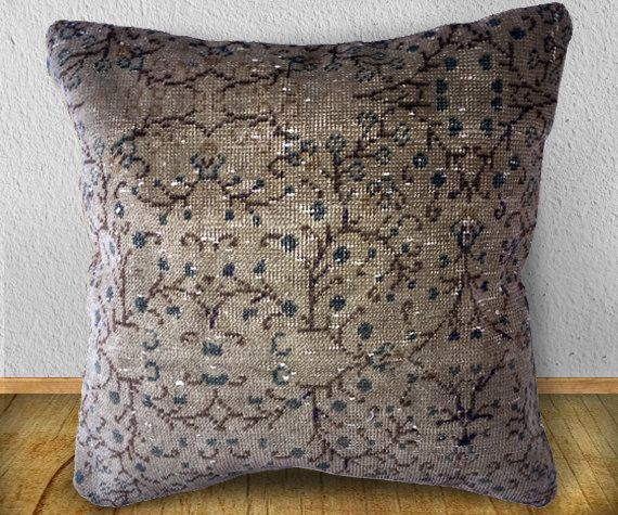 70 Years old Kayseri Patterned Carpet Pillow Cover, Unique Double Knot Pillow Cover, 15.7 inch or 40cm square, rug, organic pillow