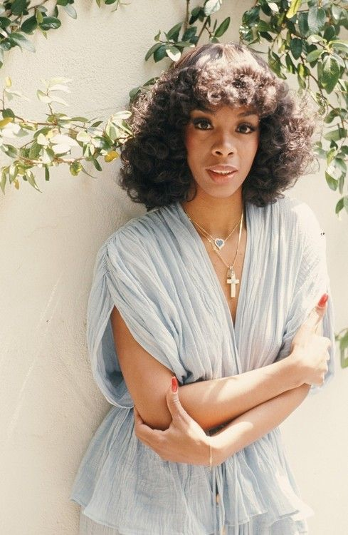 Donna Summer. this women's music gave me some of the most fun moments in my life. I can't believe they don't use her music to start fund raising dancing across the Nation…I would go….Wouldn't you all!!! to hell with 5 k runs…let dance and raise money!!!!