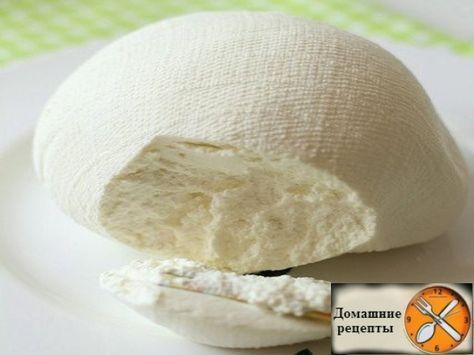 Этот рецепт я увидела на немецком кулинарном сайте. Получается очень мягкий и нежный творожный сыр. Из 1 кг йогурта выходит примерно 600 гр творожного сыра. Сыр получается, нежный, вкусный, сочный и мягкий. Его можно намазывать на хлеб, использовать как начинку для мясных и овощных рулетов, добавлять в салат, есть просто с помидорами.... Очень вкусно! Продукты: 1. Натуральный йогурт (10% жирность) 2. Соль - 1 ч. ложка на 1 кг йогурта Как приготовить творожный сыр из йогурта: Сито или дуршлаг…