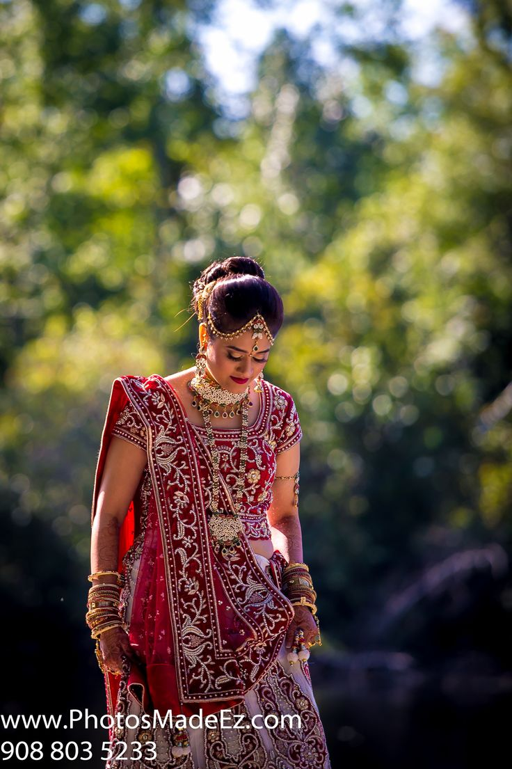 Indian Bride's Photo in New Jersey for Gujrati wedding at