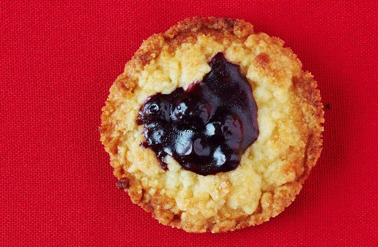 Recipe: Dorie Greenspan's Classic Jammer Cookies — Dorie's Cookies #recipes #food #kitchen