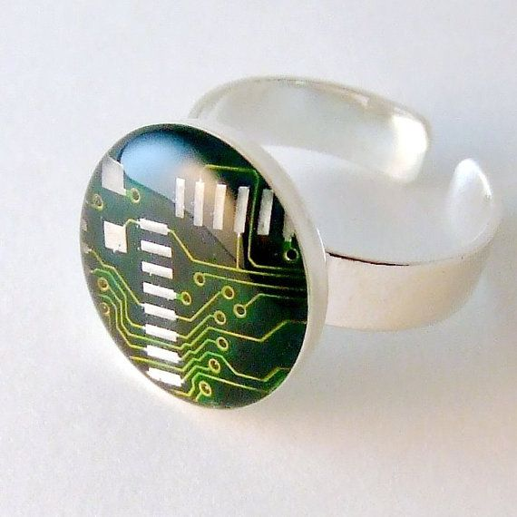 Circuit board domed ring. Geek jewelry. Resin Ring. Tech Jewelry by designer Techcycled on Etsy: Blue Circuit, Techcycl Circuit, Resins Ideas, Boards Earrings, Domes Jewelry, Circuit Boards Rings, Circuit Rings, Jewelry Ideas, Rings Green