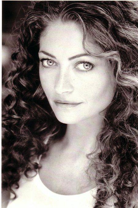 Rebecca Gayheart...always loved her curls...wow!