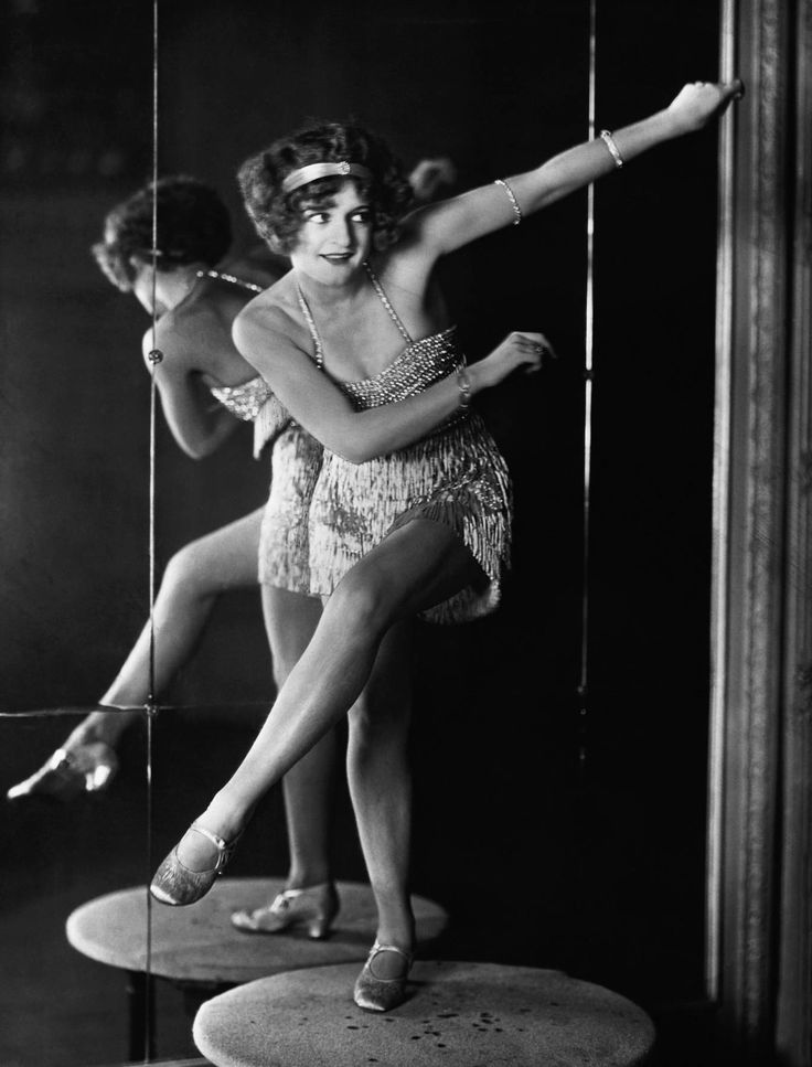 flappers 1920s and young energetic women It became acceptable for women to drive cars and take part in energetic sports  the young women of the 1920s were referred to as flappers hollywood films of.
