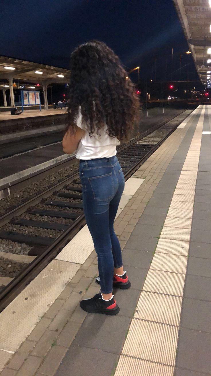 Jileda Adli Kullanicinin Natural Curly Hair Panosundaki Pin Kivircik Kiz Kivircik Sac Guzellik Kizlar