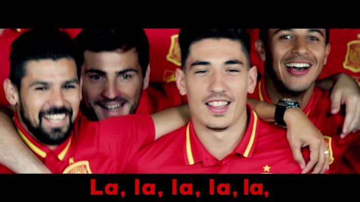 La Roja Baila es el himno oficial de la Selección Española para la Eurocopa de 2016. El aclamado productor musical RedOne, artífice de alguno de los mayores ...