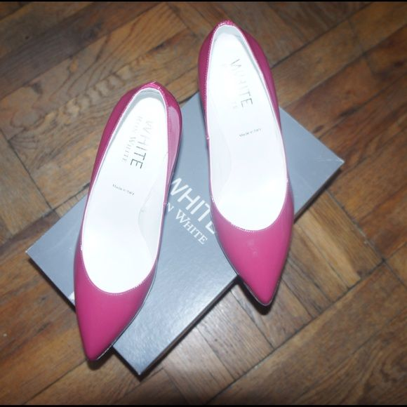 Ron White hot pink marine court shoes Worn once! Perfect condition. Comes with a box. Made in italy Ron white Shoes Heels