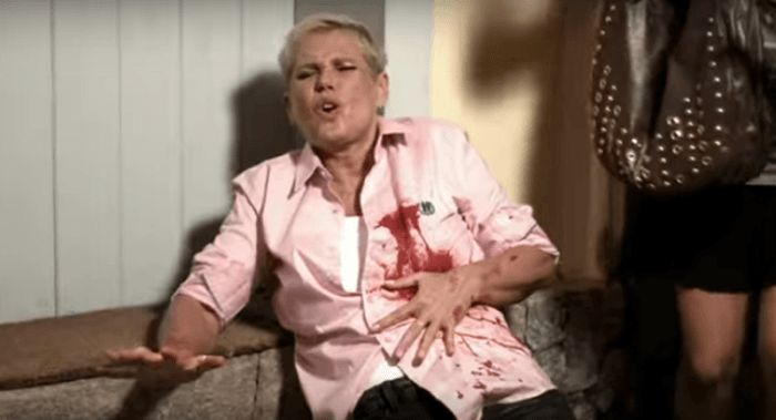 """Xuxa é baleada e fã tira selfie em mais um vídeo do """"Porta dos Fundos"""""""