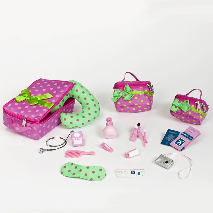 This Our Generation accessories set has everything your Our Generation doll needs to explore the world! Your dolls can set of to exotic beaches or ancient cities in style.