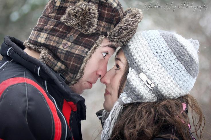 Models: Darren Pawlitschek & Patti Crompton, Justine Joy Photography, #funny #engagement #expression #winter http://www.justinejoy.com