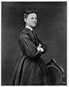 Ida Lewis (Lighthouse keeper) saved dozens of lives throughout her career and was known as the bravest woman in America.