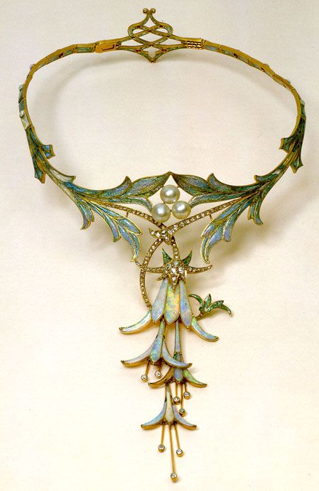 A lovely little art nouveau fae necklace.