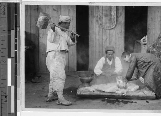 Making rice cakes, Korea, ca. 1920-1940 :: International Mission Photography Archive, USC. (High res available at site)