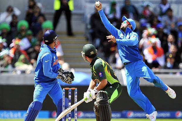 Afbeelding van http://www.standard.co.uk/incoming/article8668467.ece/alternates/w620/india-cricket.jpg.