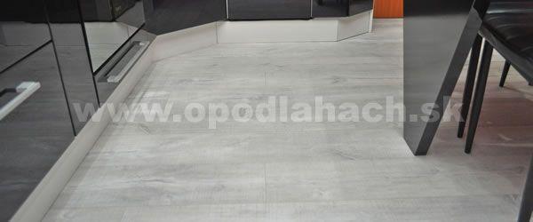 vinylova podlaha v kuchyni