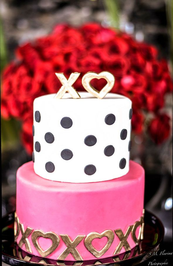 galentines day party valentines pretty cakes and party. Black Bedroom Furniture Sets. Home Design Ideas