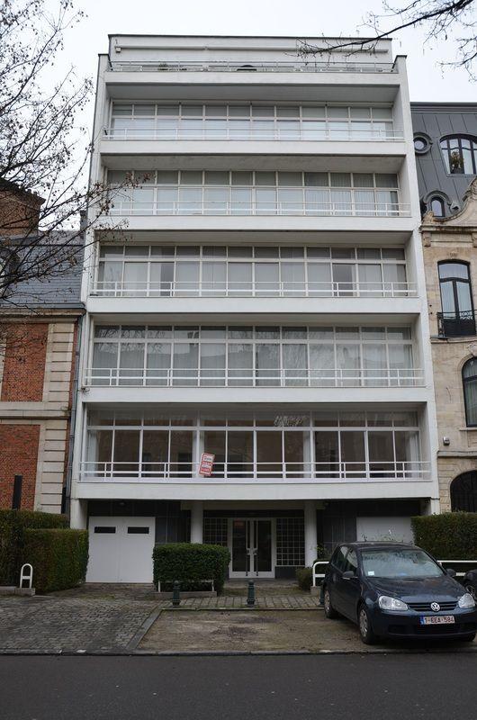 Immeuble d'habitation (1938) Avenue Molière 292 Uccle (Bruxelles) Architecte : Paul Amaury Michel