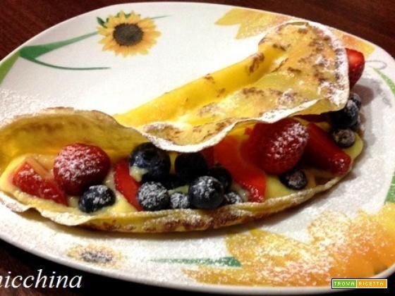 Crepes con crema e frutti di bosco  #ricette #food #recipes